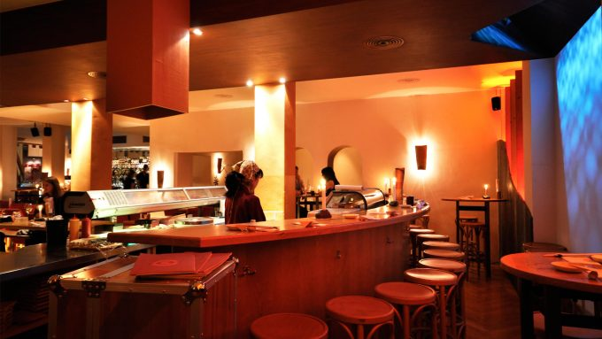 11 gute restaurants caf s bars in der klenzestra e mit vergn gen m nchen. Black Bedroom Furniture Sets. Home Design Ideas