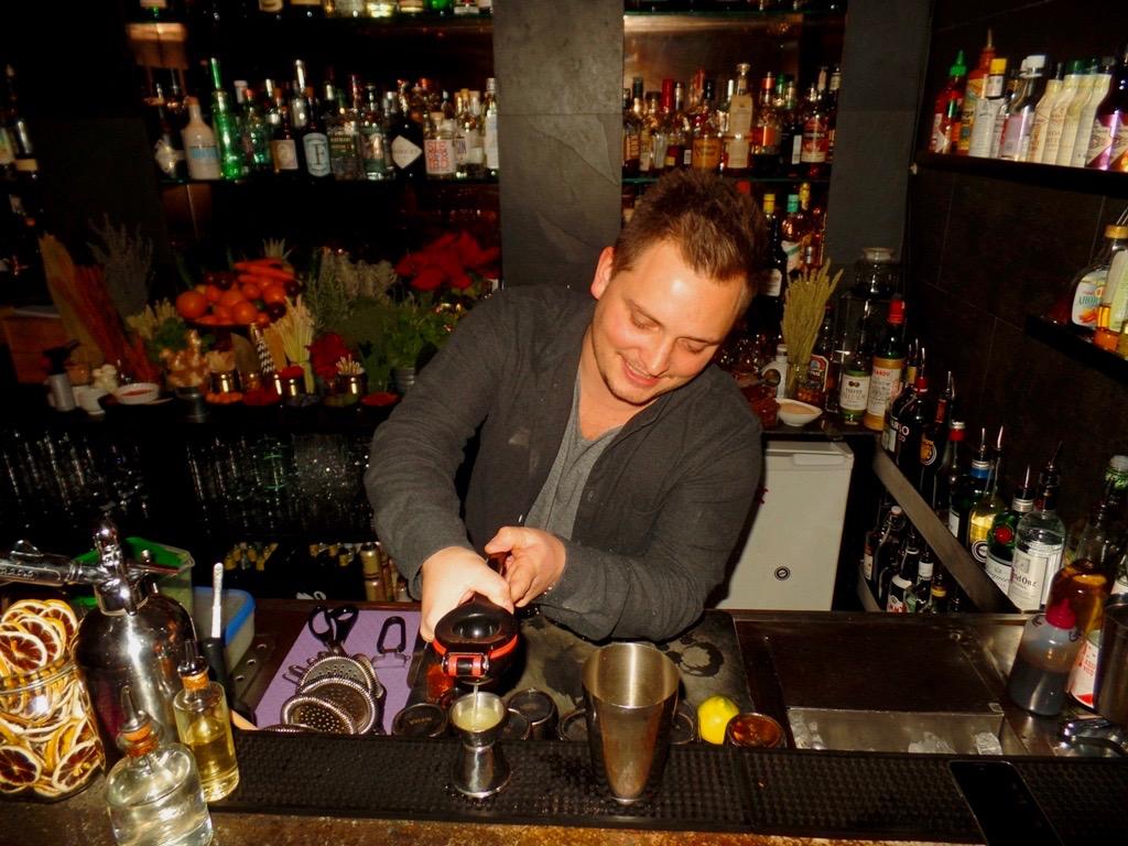 Ungewöhnlich Gute Barkeeper Fortsetzen Bilder - Beispiel ...