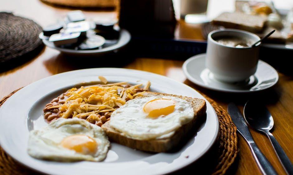 Frühstück brunchen