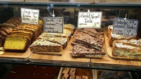 Mittagsmenus Und Beste Vegane Kuchen In Der Deli Kitchen Mit