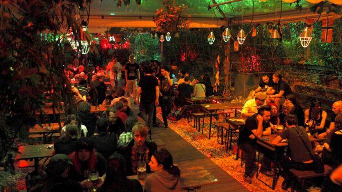 Backstage Nachtbiergarten