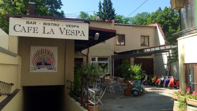 Cafe La Vespa