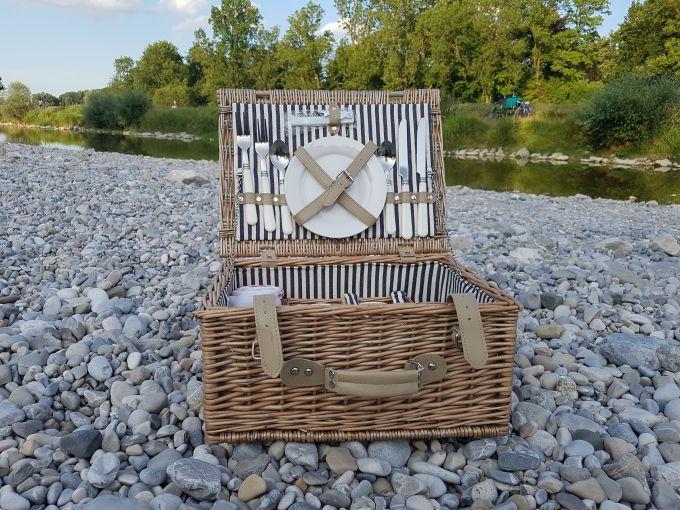 11 hilfreiche tipps f r das optimale isar picknick mit vergn gen m nchen. Black Bedroom Furniture Sets. Home Design Ideas