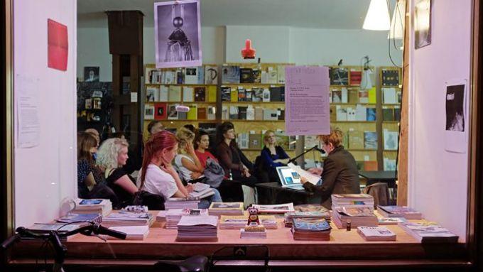 The book speakers' corner – Lothringer13