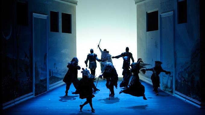 11 Theaterstücke in München, die du dir jetzt ansehen solltest