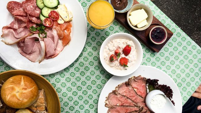 Fiedler und Fuchs Frühstück