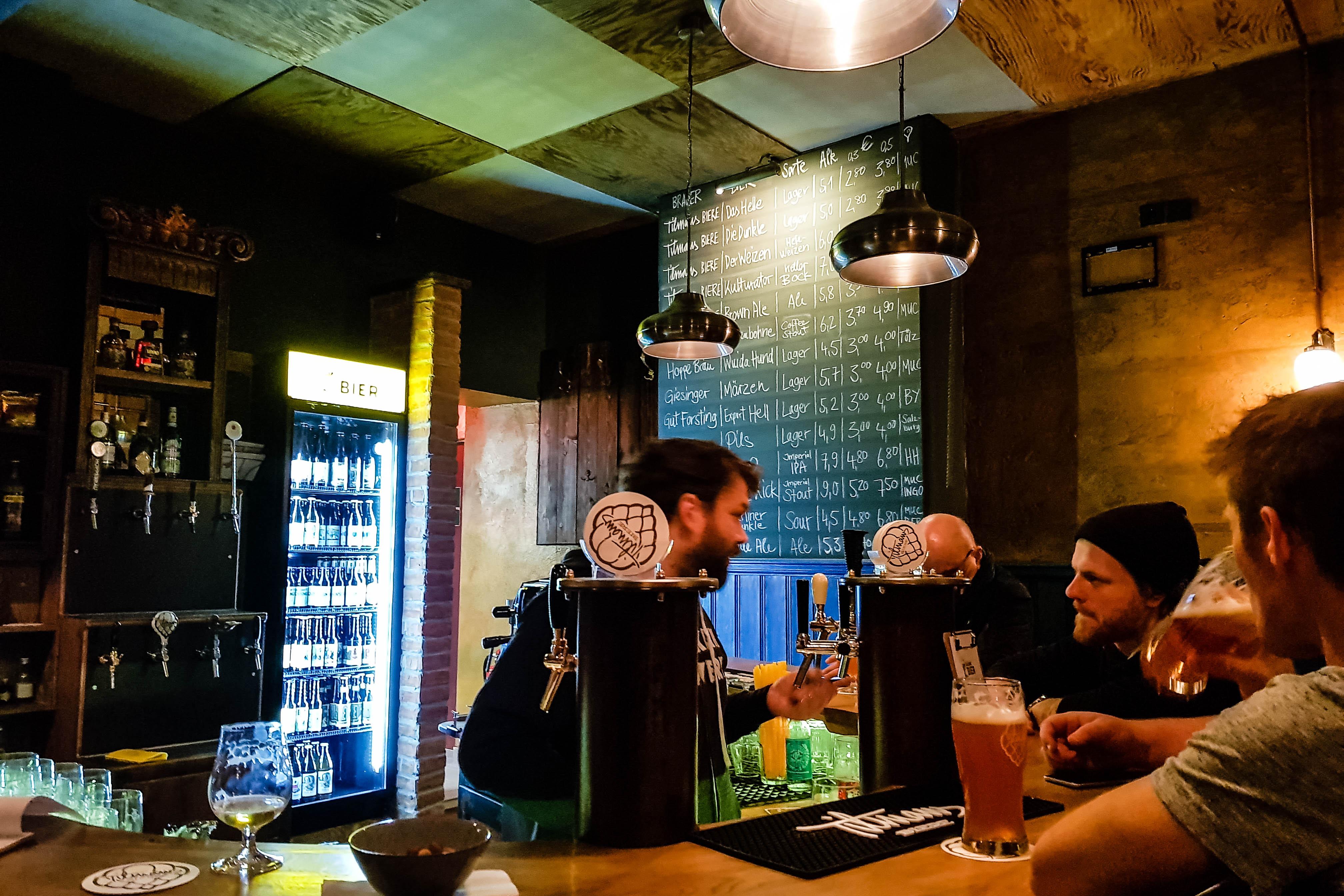 """""""Frisches Bier"""" aus 14 Zapfhähnen: Das Schlachthofviertel hat eine neue Bar"""