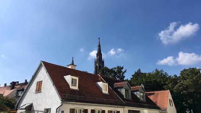 Obergiesing Hinterhof Flohmarkt