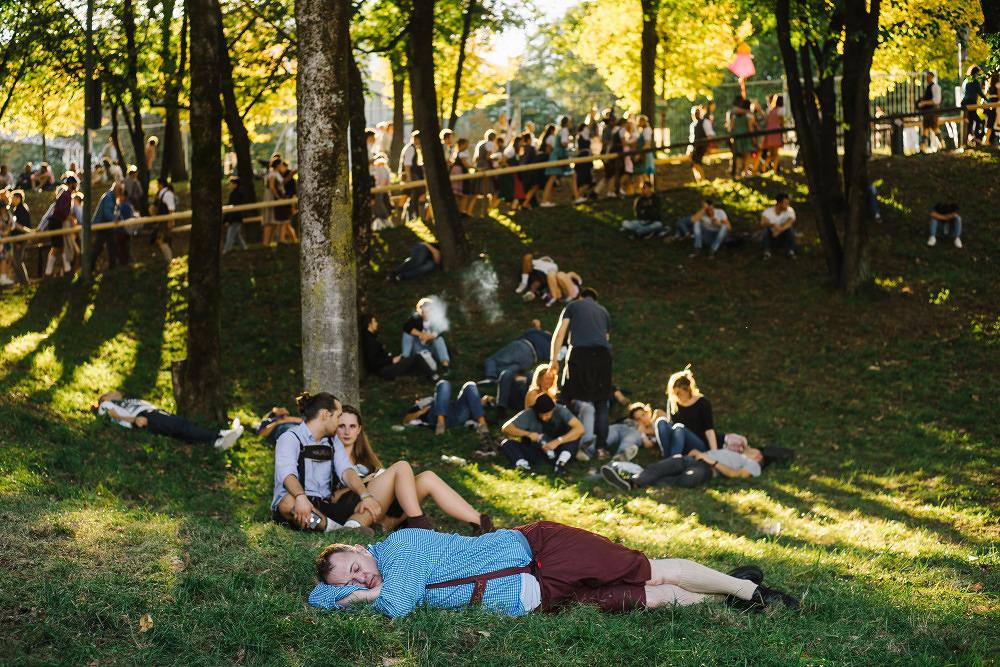 Bussis, Bier & Brüste– die Wiesn 2018 in 11 Bildern