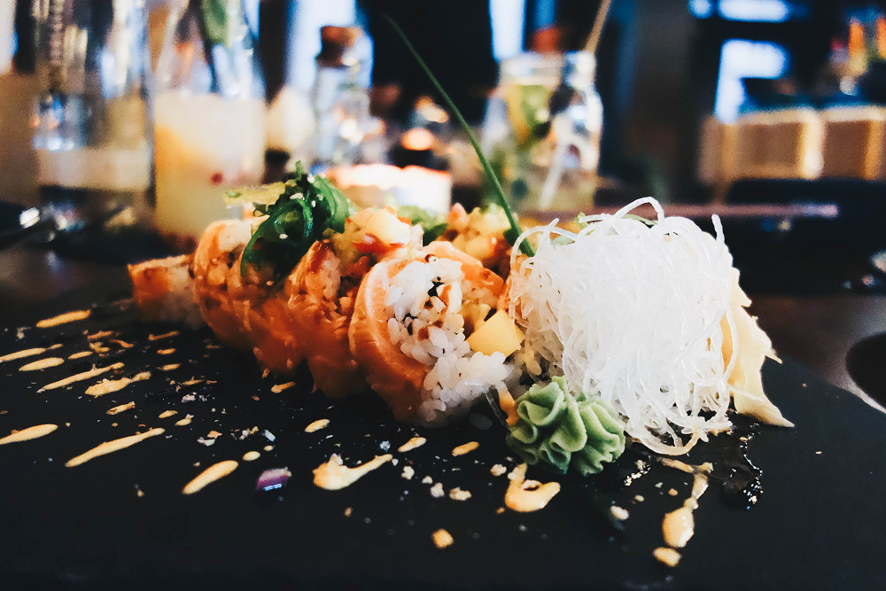 Summer Roll meets Sushi: Unter Kirschblüten schlemmen im JaVi in Schwabing