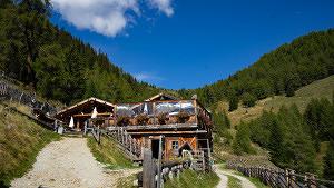 Ausflugsvergnügen: Wandern und saugut essen im Pustertal in Südtirol