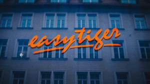 Marmelodka in der Hollywood-Schaukel: Die Easy Tiger Bar in der Altstadt