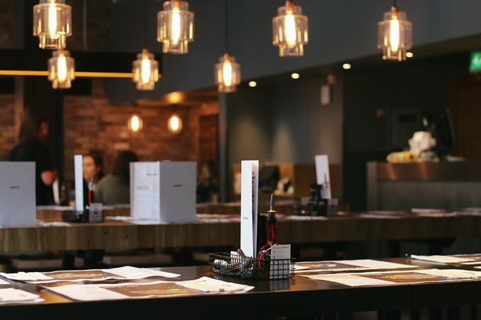 Freie Tische & Rabatte: Delinski listet gute Restaurants in der Nähe