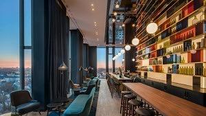 Neue Dachterrasse: Die M'Uniqo Rooftop Bar ist die höchste der Stadt