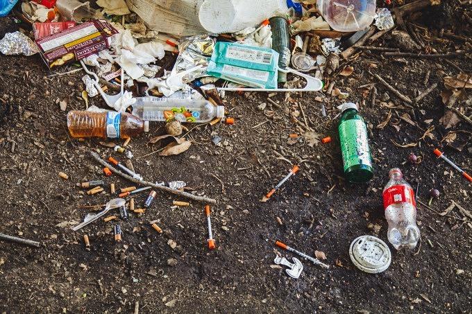 Plastik Müll sammeln Isar