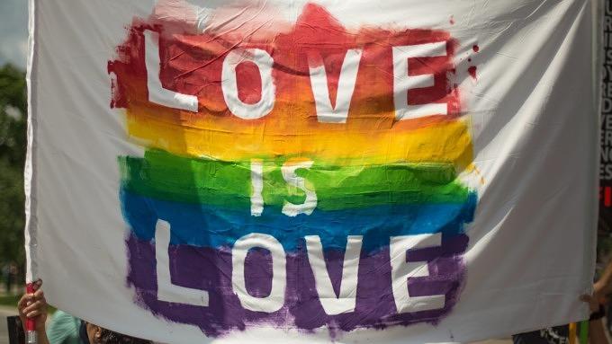 queer gay rainbow bunt love liebe