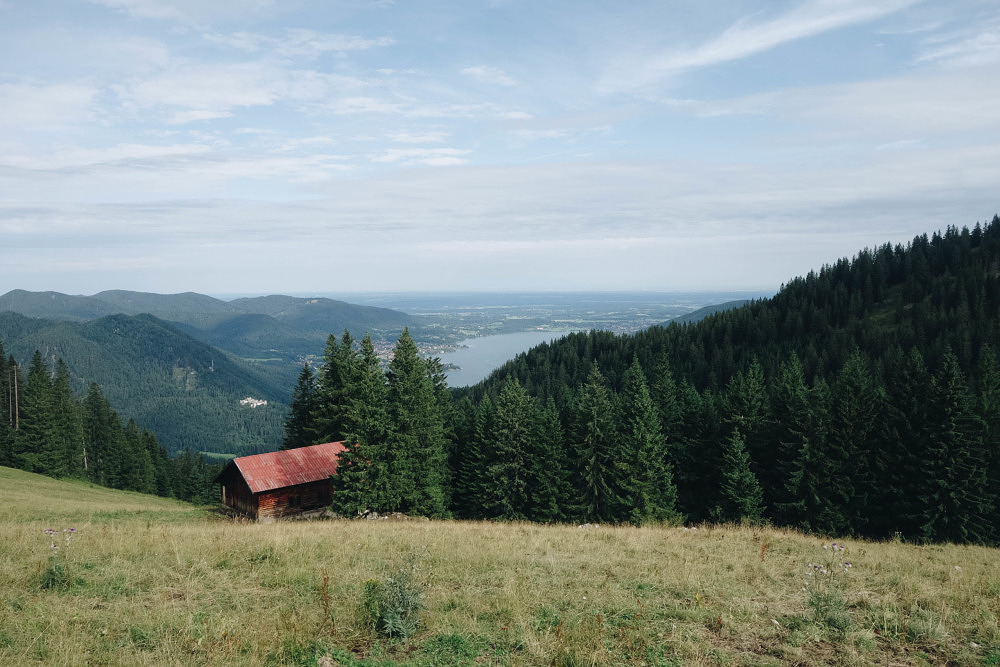 Ausflugsvergnügen: Berghotel Altes Wallberghaus am Tegernsee