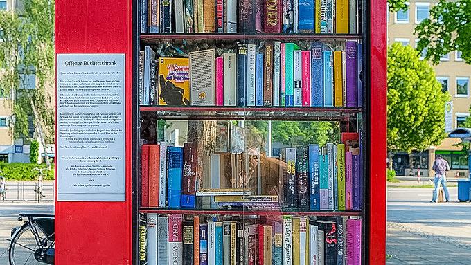 Bücherschrank_Partnachplatz_München-4