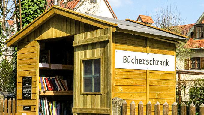 Bücherschrank_München_Au_6-3