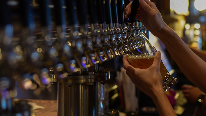 Bier Beer Bar Tresen