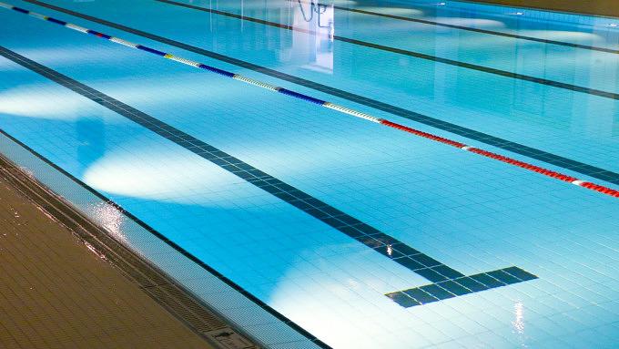 Schwimmen Schwimmbecken