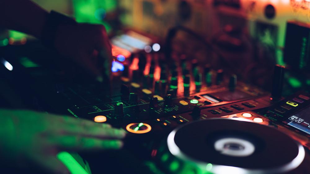 DJ Auflegen Platten Musik