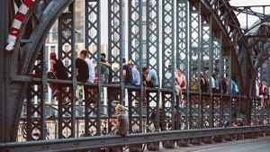 Hackerbrücke Sommer Feierabend