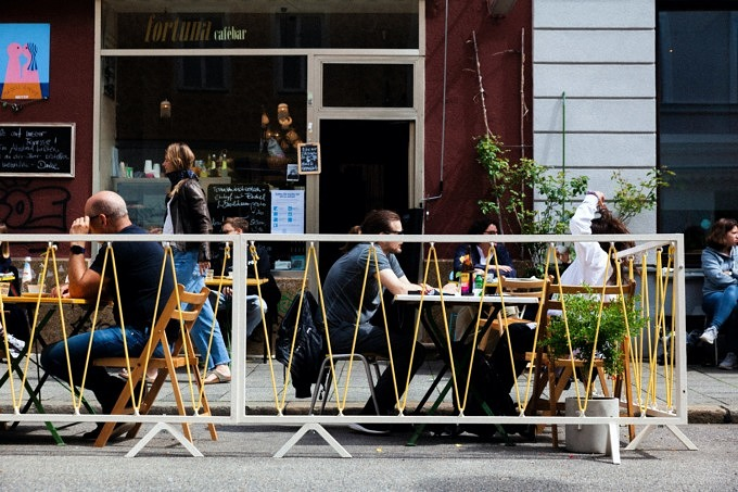 Fortuna Cafébar Schanigarten Naiv Studios